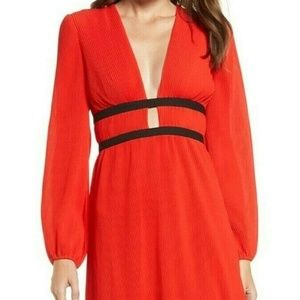WAYF PATTON Plisse Deep Plunge Midi Dress Red XXL